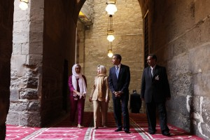 In this Thursday, June 4, 2009 file photo, U.S. President Barack Obama, 2nd right, tours the Sultan Hassan Mosque in Cairo, Egypt, with U.S. Secretary of State Hillary Rodham Clinton, 2nd left, Iman Abdel Fateh at left and Dr. Zahi Hawass, right. Obama's first visit to a U.S. mosque comes as Muslim-Americans say they're confronting increasing levels of bias in speech and deeds. Obama is scheduled to visit the Islamic Society of Baltimore on Wednesday, Feb. 3, 2016. (AP Photo/Gerald Herbert)