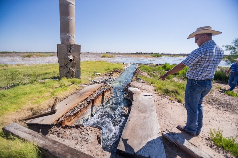 "Abandoned Texas Oil Wells Seen As ""Ticking Time Bombs"" Of Contamination"