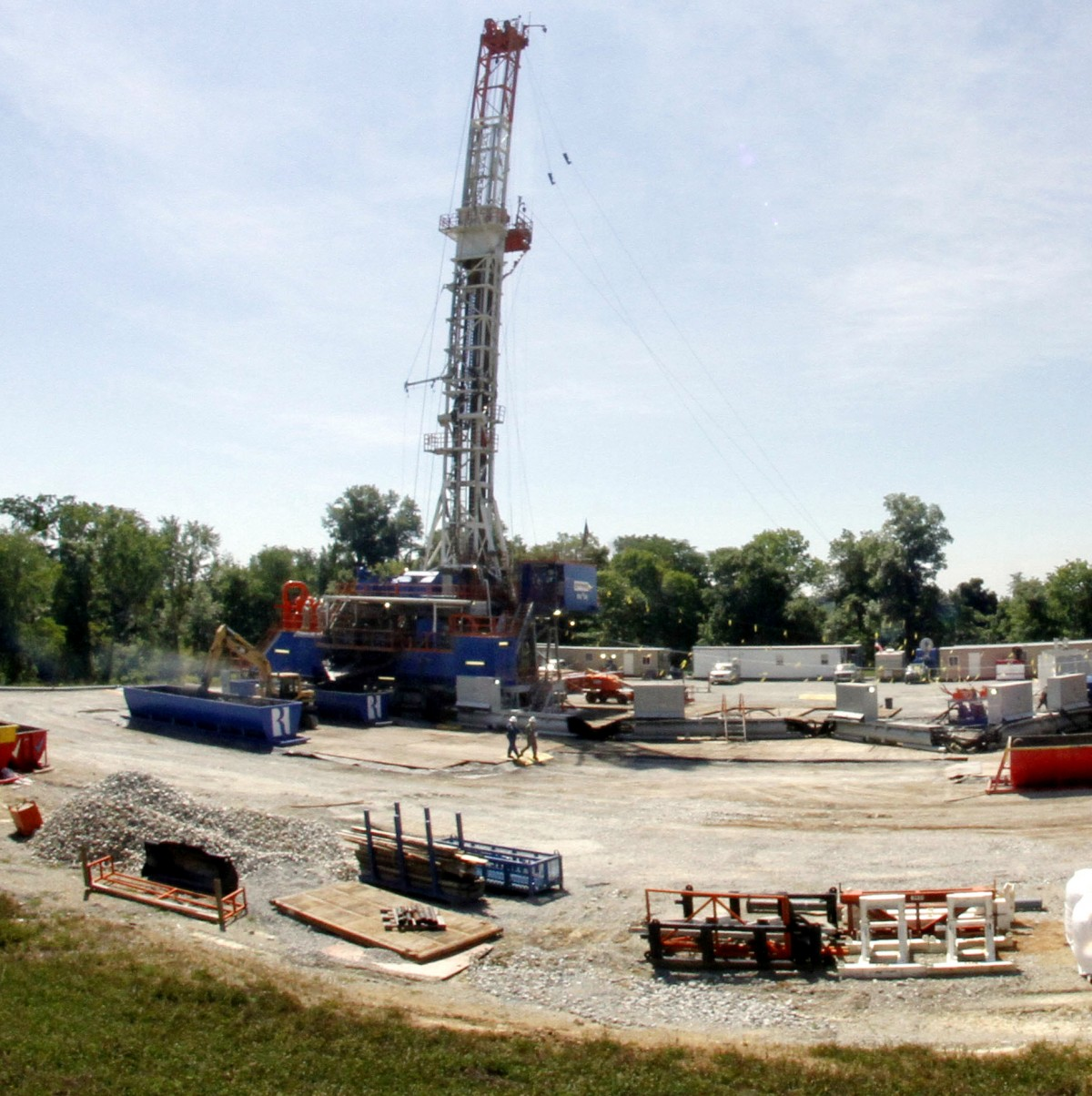 Big Oil In Bed With Lawmakers: How Industry Is Infiltrating Political Process
