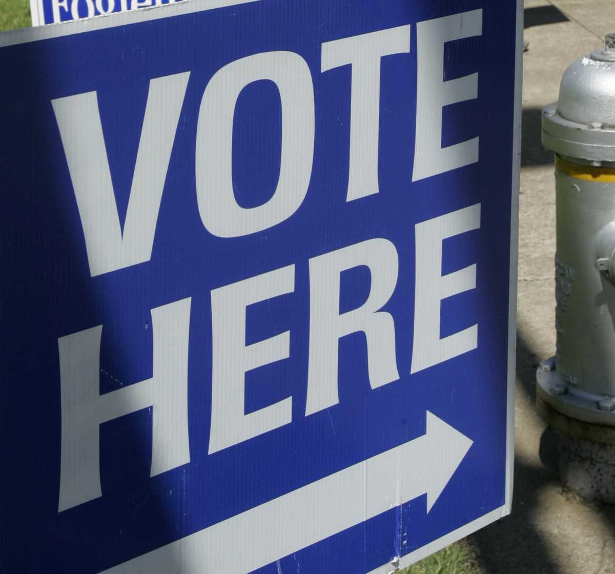 Arizona's Primary Voting Fiasco Foretells Further Disenfranchisement in General Election