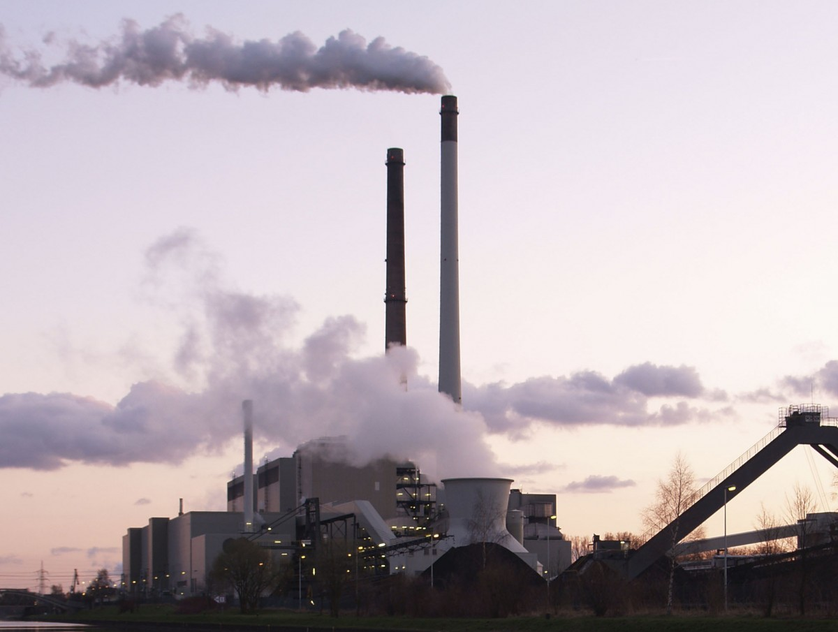 Obama Calls For Crackdown On Power Plant Pollution