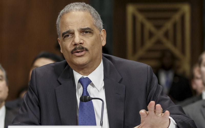 Holder Endorses Proposed Drug Sentencing Changes