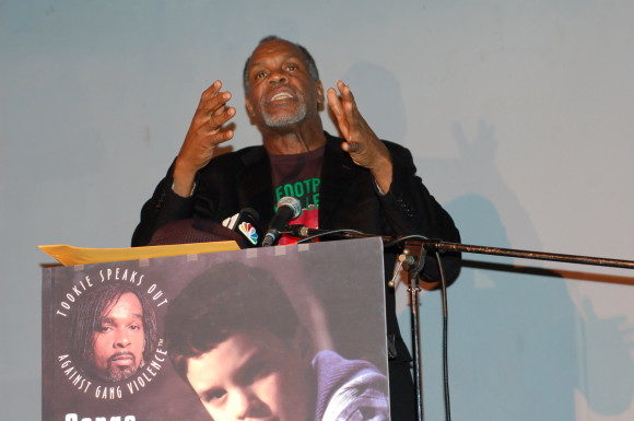 """Danny Glover Under Fire For Citing Israeli """"Racial Oppression"""""""
