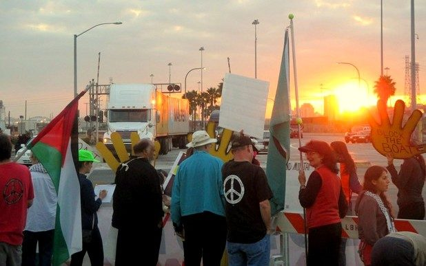 Los Angeles Activists Block Unloading Of Israeli Cargo Ship For Two Days