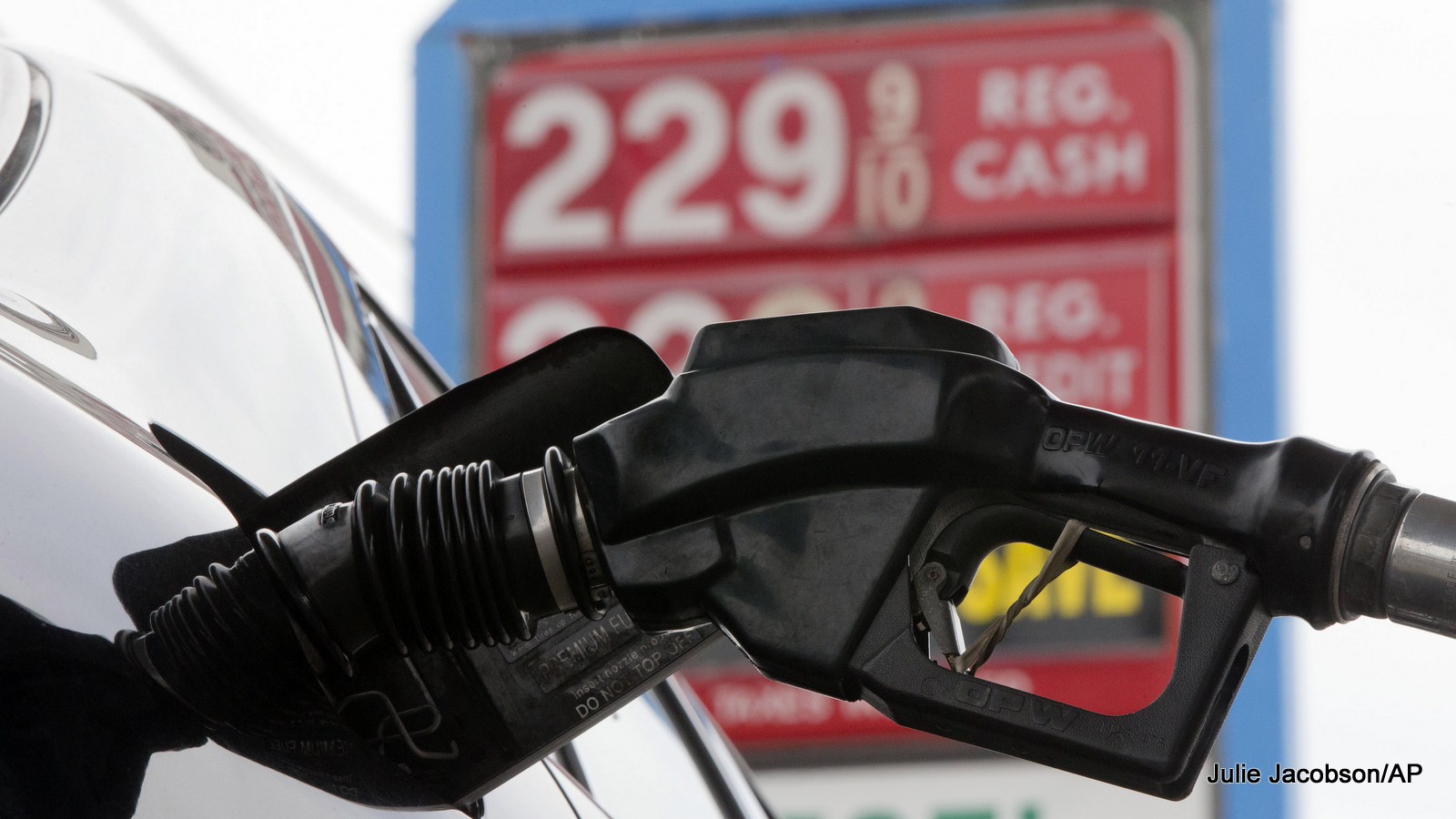 Low Oil Prices Prompt New Interest In Raising Gas Tax, Cutting Subsidies
