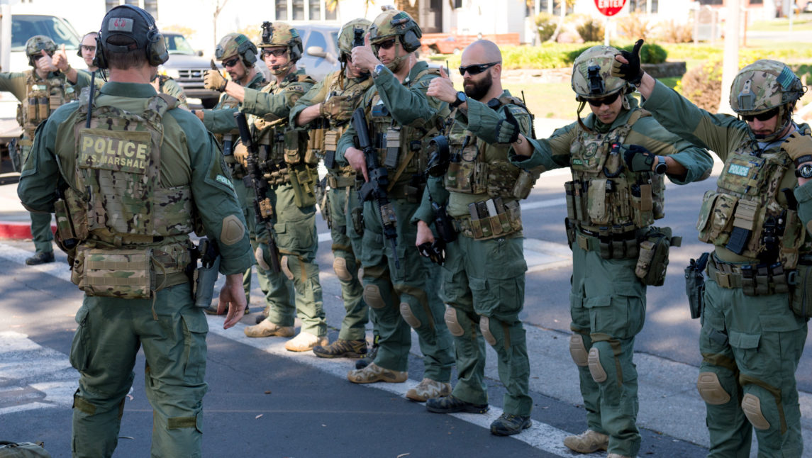 Fully Armed US Marshals Detain Man Over $1,500 Student Loan