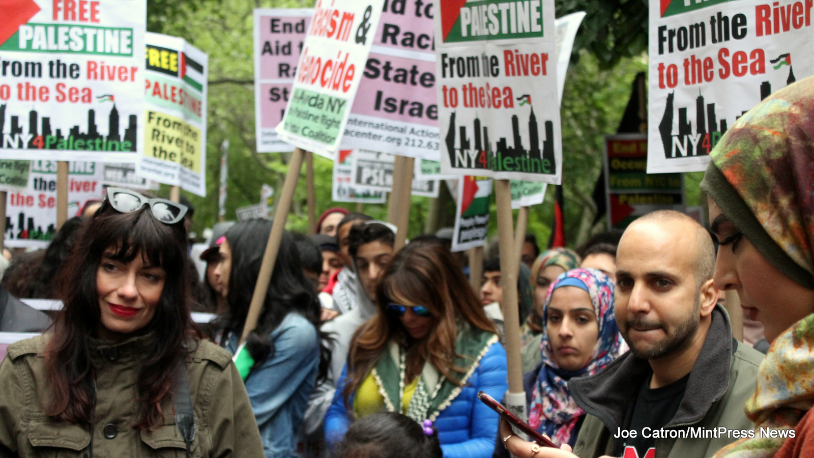 Hundreds Rally beside City Hall in Manhattan before marching over the Brooklyn Bridge to gather in Cadman Plaza Park in support of the Palestinian right of return.