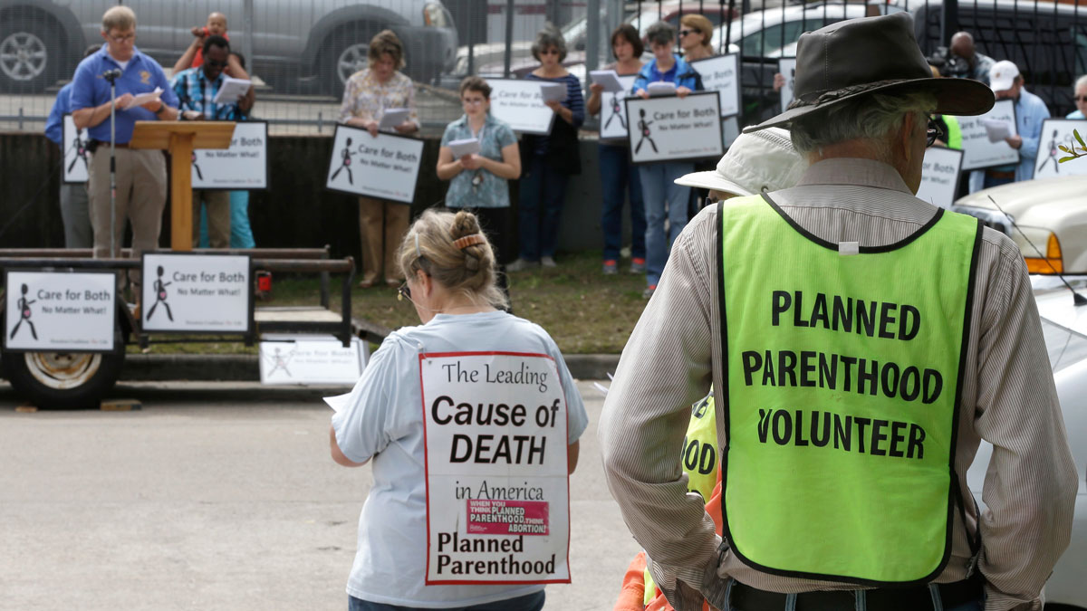 Texas Finalizes Plan To Remove Planned Parenthood From Medicaid