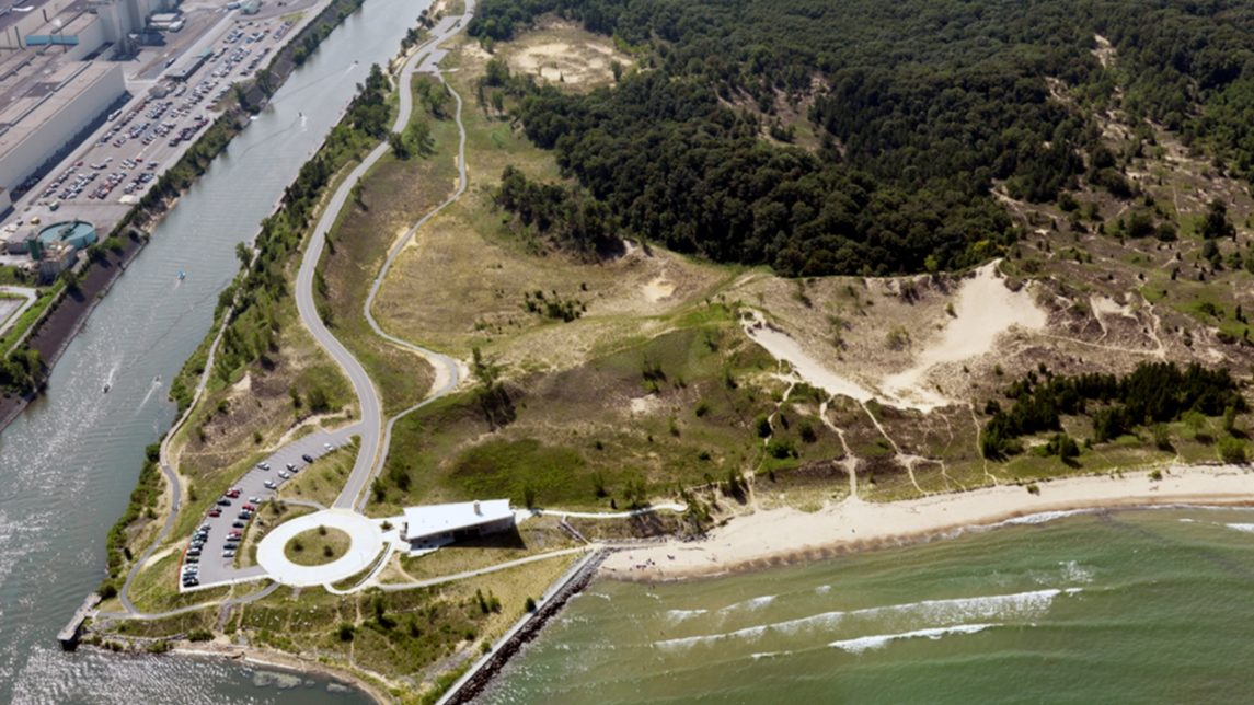 Toxic Chemical Spill 100 Yards From Lake Michigan Closes Beaches