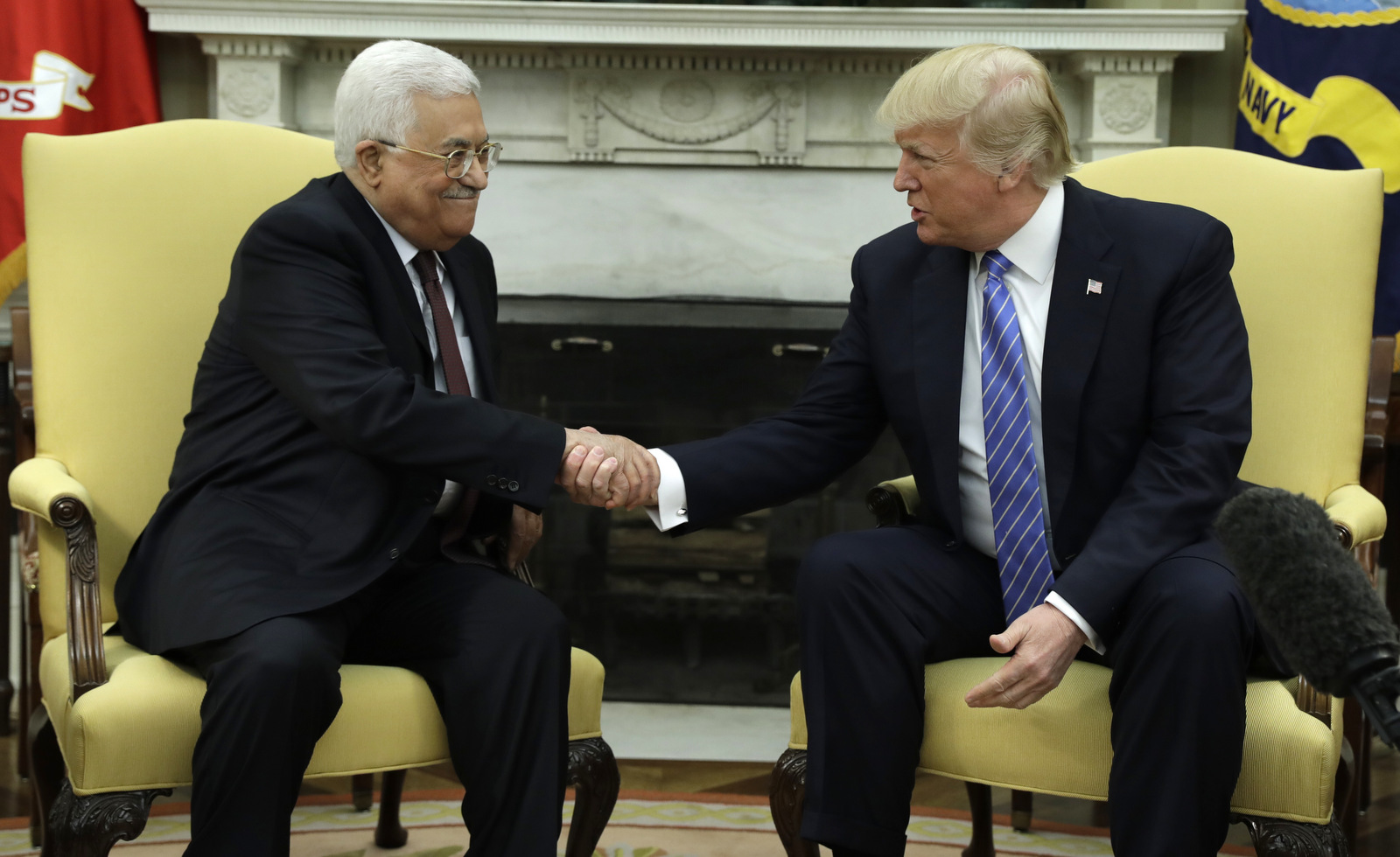 Trump Deletes Tweet Saying It Was 'An Honor' With Palestinian President