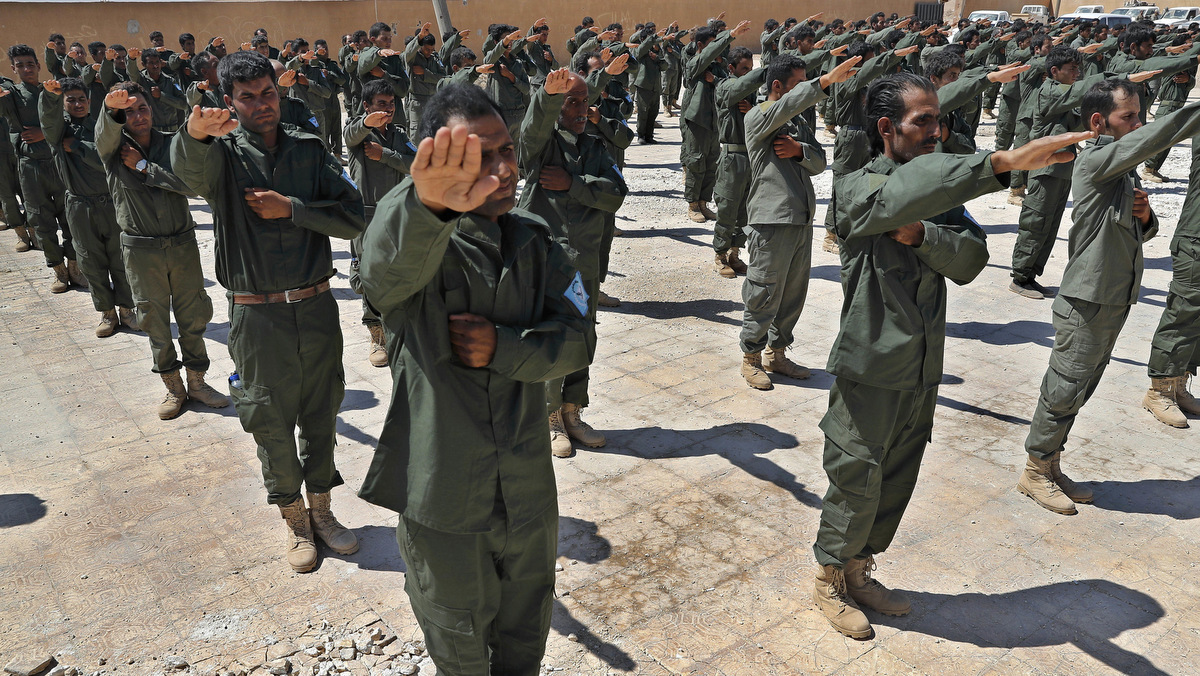 After Backing Rebels In Syria & Iraq Fails, US Turns To Kurds