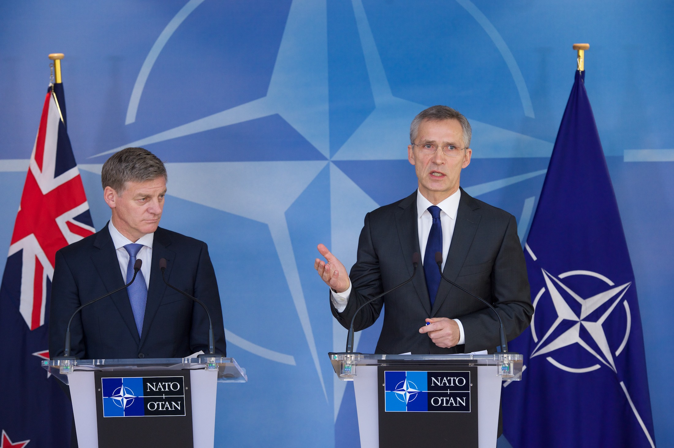 Joint press point with NATO Secretary General Jens Stoltenberg and the Prime Minister of New Zealand, Bill English. (Photo: NATO)