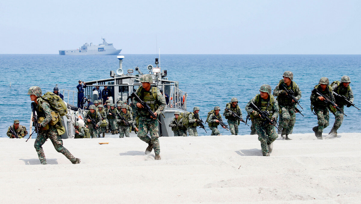 U.S. and Philippine Marines storm the beach during a joint military exercise near the South China Sea in northwestern Philippines, May 9, 2018. Bullit Marquez | APU.S. and Philippine Marines storm the beach during a joint military exercise near the South China Sea in northwestern Philippines, May 9, 2018. Bullit Marquez | AP