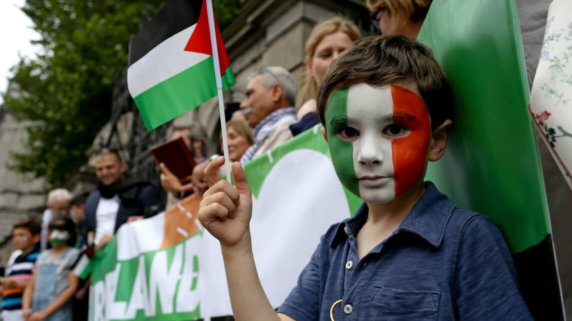 正如马来西亚和爱尔兰所发现的那样,你为了巴勒斯坦人的权利而站起来