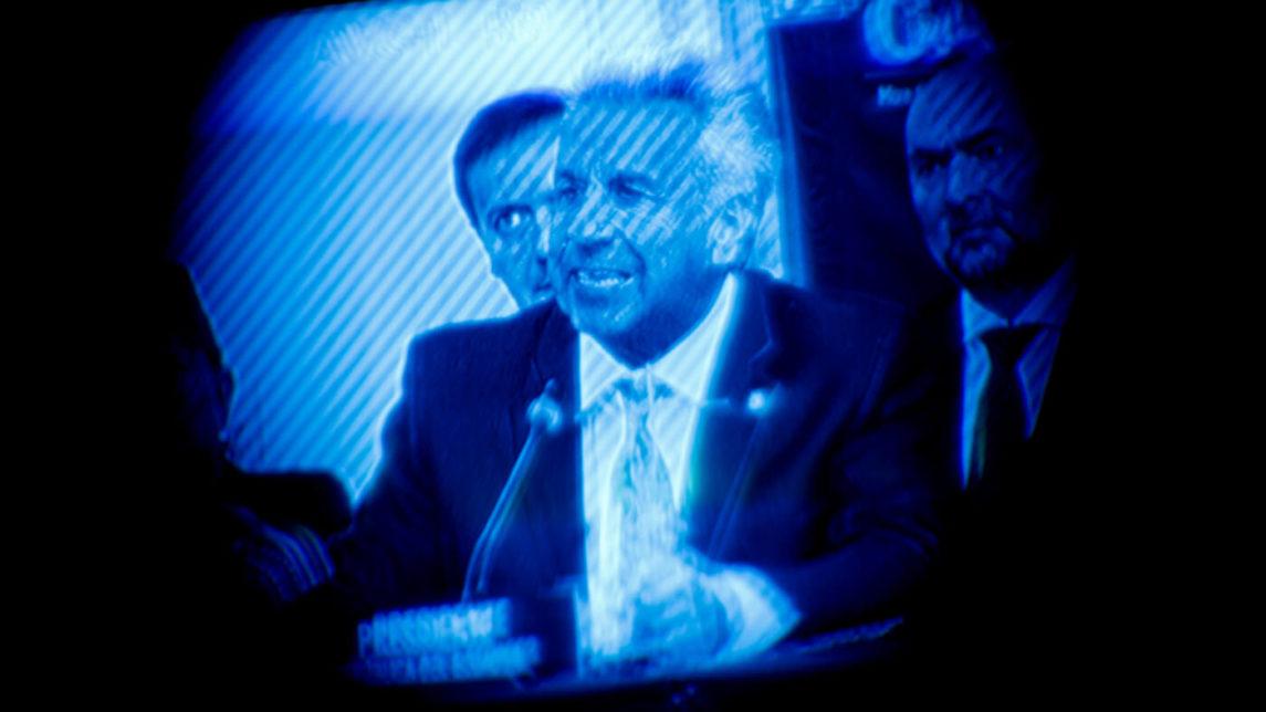 El frotis de caca de Assange se preparó para cubrir el préstamo del FMI de $ 4.2 B de Ecuador
