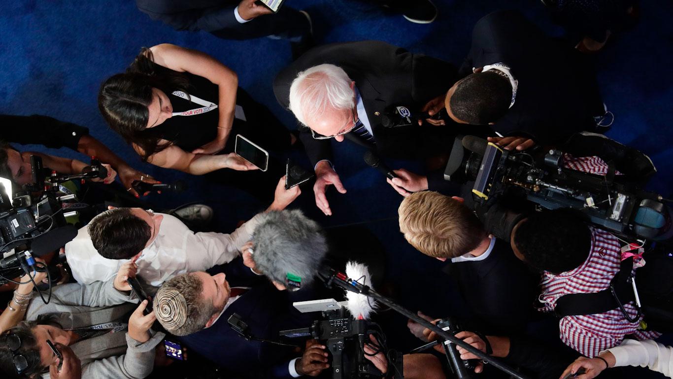 #Bernieblackout: СМИ даже не скрывают своих предубеждений против Берни