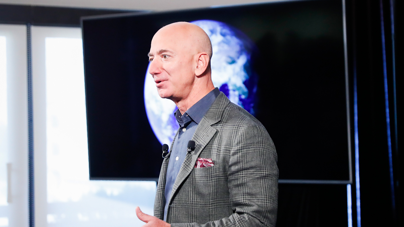 Jeff Bezos Donates Three Minutes' Income to Help Australia Fight Wildfires